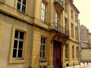 My Apartment-Metz avec parking - Metz vacation rentals
