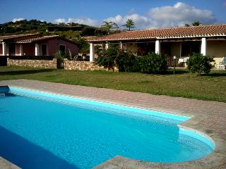 villetta con piscina 13 - Tertenia vacation rentals