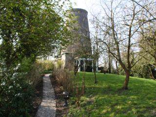 Cozy Windmill with Television and DVD Player - Ellewoutsdijk vacation rentals