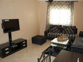 Sunny Condo with Tennis Court and Satellite Or Cable TV - Tangier vacation rentals