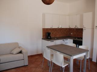 2 bedroom Villa with Dishwasher in Campofelice di Roccella - Campofelice di Roccella vacation rentals
