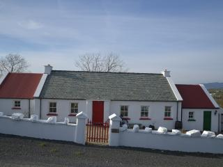 Cecil's Cottage, Buncrana - Buncrana vacation rentals