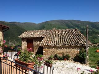 Romantic 1 bedroom Bed and Breakfast in Camerino - Camerino vacation rentals