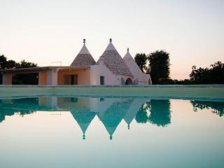 TRULLO GABRIELE - Casa Vacanze - Ceglie Messapica vacation rentals