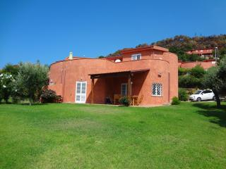 Lovely 3 bedroom House in Cittadella del Capo with Shared Outdoor Pool - Cittadella del Capo vacation rentals