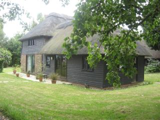 Parsonage Barn Annexe, Near Rye and Camber Sands. - Icklesham vacation rentals