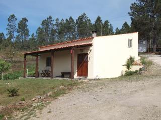 2 bedroom Cottage with Internet Access in Vila de Rei - Vila de Rei vacation rentals