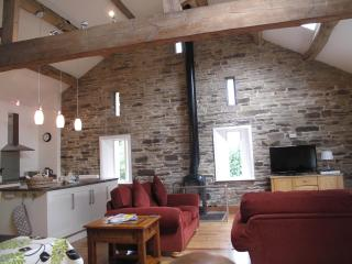 Crabtree Barn - a rural Pennine barn conversion - Ripponden vacation rentals