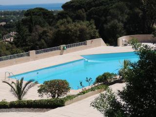 Nice House with Internet Access and Balcony - Cogolin vacation rentals