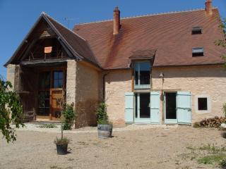 Chambres d'hôtes et gîte l'ange blanc - Saint-Amand-Montrond vacation rentals