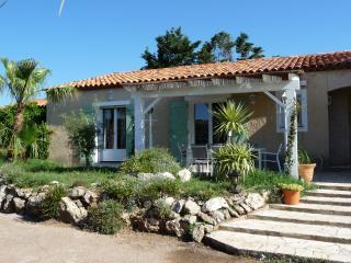 BASTIDE DU LEVANT 20m plage 3 Chambres 7/9 pers. - Saint-Maxime vacation rentals