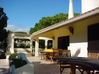 Nice Villa with Internet Access and A/C - Vilamoura vacation rentals