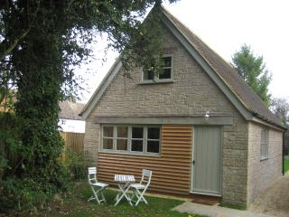 A lovely detached cottage in the Appleton village - Oxford vacation rentals