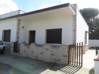 Nice House with Iron and Stove - Capilungo vacation rentals