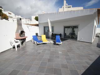 1 bed apart  A/C and free wi-fi and seaviews - Albufeira vacation rentals