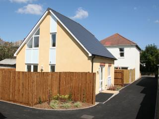Sandy Cottage - Bournemouth vacation rentals