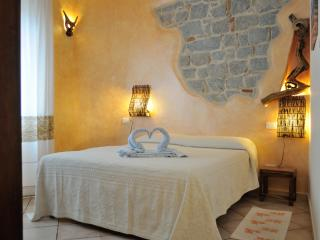 Romantic 1 bedroom Bed and Breakfast in Tortoli - Tortoli vacation rentals