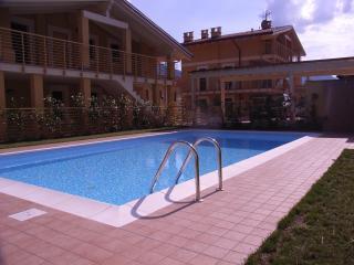 Adorable 1 bedroom Condo in Lenno with Internet Access - Lenno vacation rentals