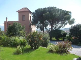 Villa paladino solunto: on holiday all year round - Santa Flavia vacation rentals