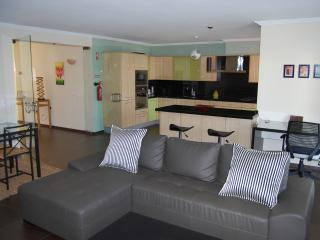 Nice Condo with Internet Access and A/C - Penina vacation rentals