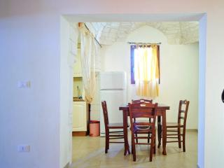 Adorable Ostuni vacation Apartment with Dishwasher - Ostuni vacation rentals