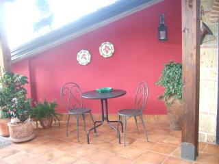 Cozy 3 bedroom Bed and Breakfast in Caserta - Caserta vacation rentals