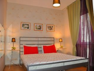 COOL 84M2 FLAT ?N A COMPLEX - Istanbul vacation rentals