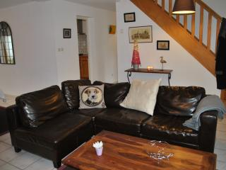 Nice House with Microwave and Satellite Or Cable TV - Audinghen vacation rentals