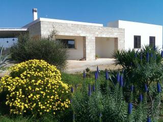 Sosta a ponente B&b in Salento - Matino vacation rentals