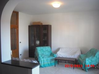 2 bedroom Townhouse with Short Breaks Allowed in Marina di Caulonia - Marina di Caulonia vacation rentals