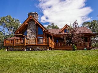 Luxurious cabin with gourmet kitchen - McCall vacation rentals