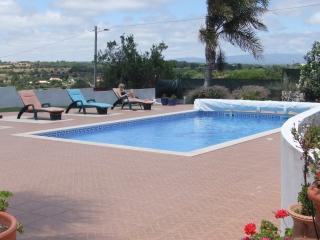 Comfortable 4 bedroom Vacation Rental in Espiche - Espiche vacation rentals
