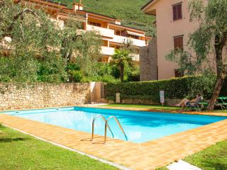 2 bedroom bright apartment with swimmingpool - Assenza di Brenzone vacation rentals