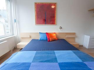 Gorgeous Covent Garden Room - Brussels vacation rentals