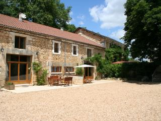 Le Chai Gite 5* and 4 Cles Luxury - Brantome vacation rentals