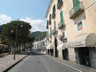Comfortable 1 bedroom House in Maiori with Deck - Maiori vacation rentals