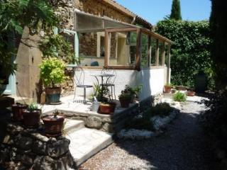 Beautiful 1 bedroom Gite in Argens-Minervois - Argens-Minervois vacation rentals