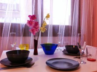 Las Ramblas: Apartment, WI-FI - Barcelona vacation rentals