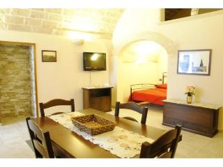 Cozy 1 bedroom House in Oria with Short Breaks Allowed - Oria vacation rentals