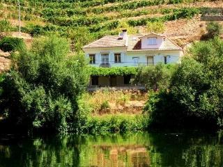 Casa de Cadima Guest House - Nº de Registo-3740/AL - Vila Nova de Fozcoa vacation rentals