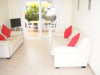 2 bedroom Apartment with Internet Access in Playa San Juan - Playa San Juan vacation rentals