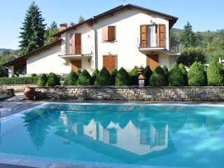 Holiday Apartment Borgo Caiano - Castel San Niccolo vacation rentals