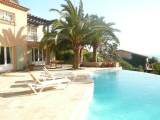 Villa  with lovely pool , seaview near Cannes - Théoule sur Mer vacation rentals