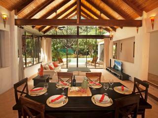 CASA KONTIKI, PLAYA TAMARINDO - Tamarindo vacation rentals