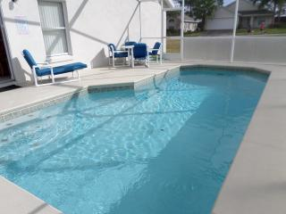 SUPER 4Bed Villa With Games Rm & South Facing Pool - Davenport vacation rentals