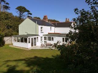 Sunbeam Cottage - Freshwater vacation rentals