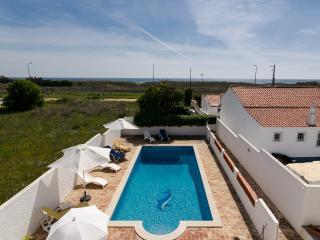 Bougainvillaea. Casa Praia Mar - Lagos vacation rentals