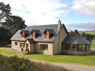 Spacious House with Satellite Or Cable TV and Television - Kingussie vacation rentals