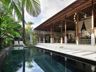 Villa Marie Clare - A Chic Villa in Batubelig - Seminyak vacation rentals