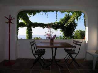 Appartamenti SALATO -Filicudi - Tropea vacation rentals